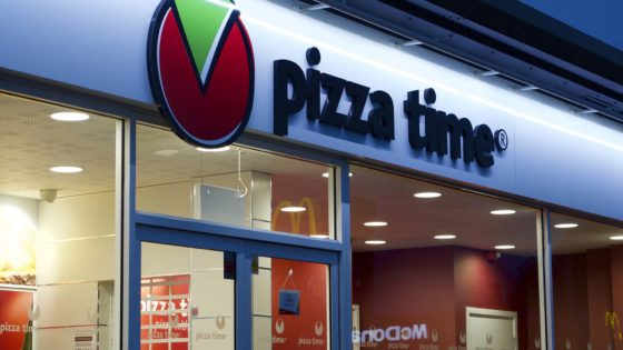 Pizza, Pizza Time ventures further north, Tangent